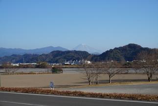 静岡市、安倍川河川敷から望む富士山